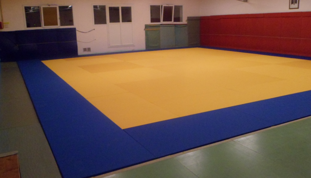 tapis de judo machecoul 44 pso. Black Bedroom Furniture Sets. Home Design Ideas
